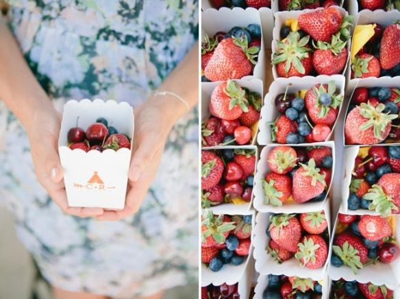 como colocar la fruta de forma original en una fiesta